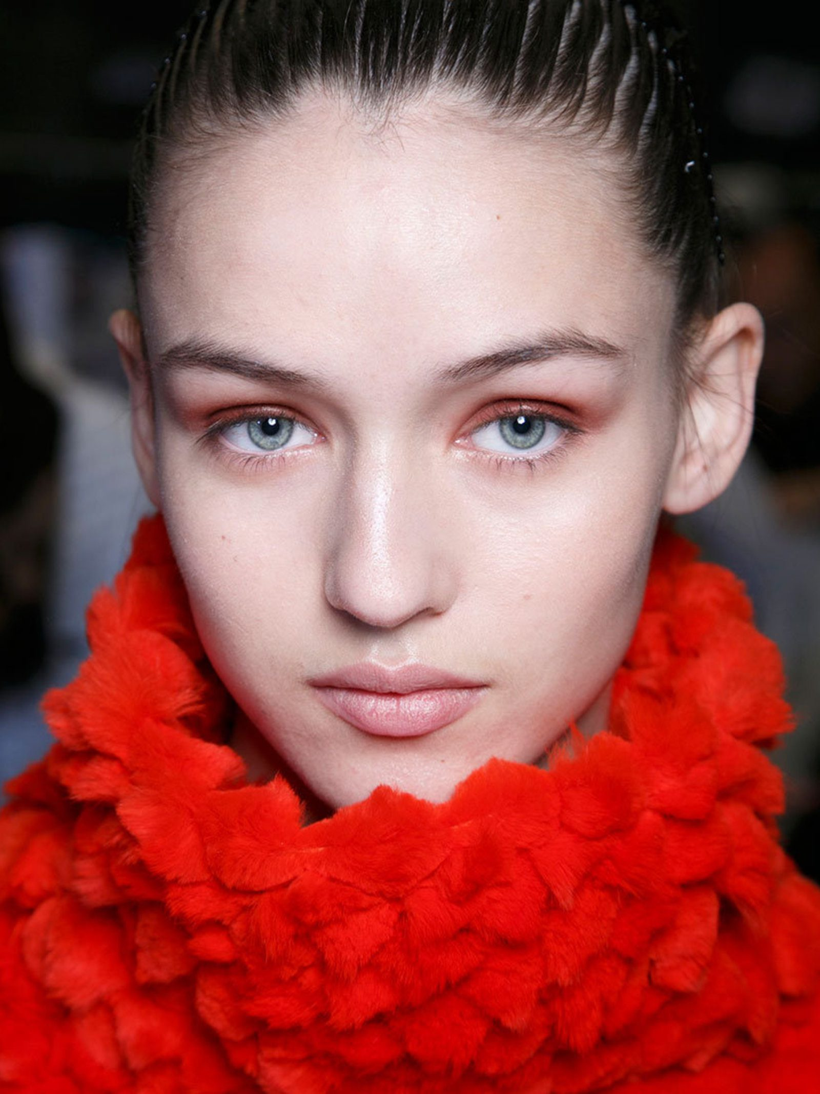 Red Eyeshadow Look, ELLE UK
