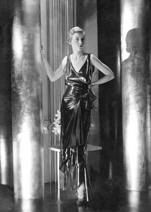 1920s_silhouette_look3_getty