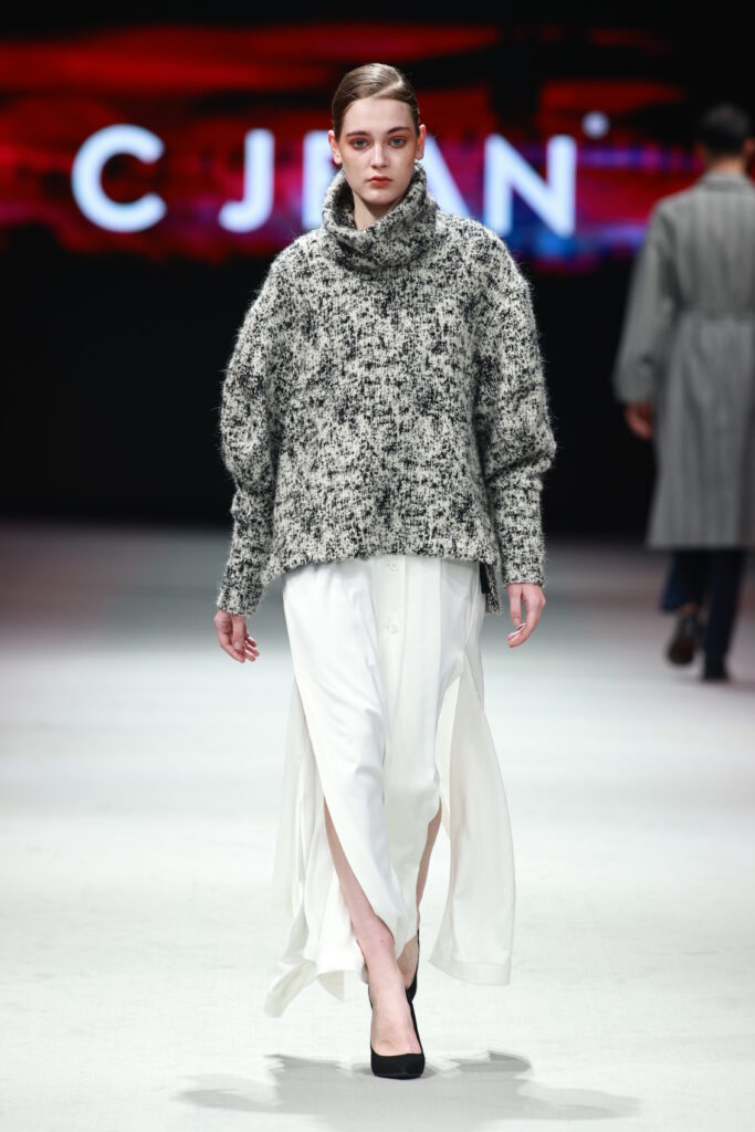 Picture of outfit from C JEAN's AW21 collection